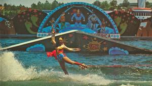 140701 Randi Tetrick Wonder WOman Swivel Show Ski