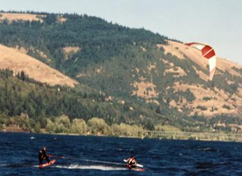 140914 Cory Roesler tows Mike Murphy Wake Kite