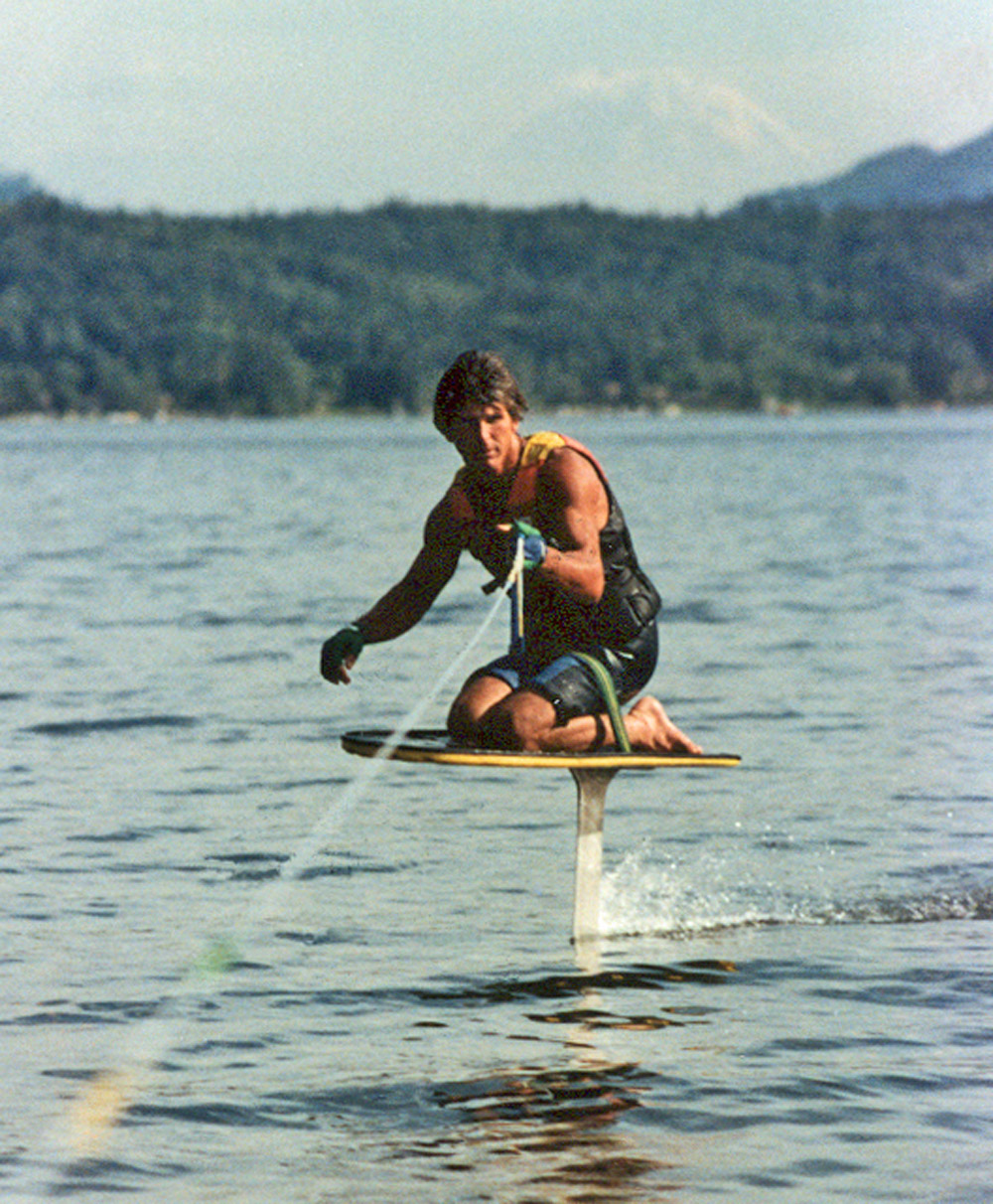 adventures-water-skiing-hydrofoiling-1986-mike-murphys-kneeboard