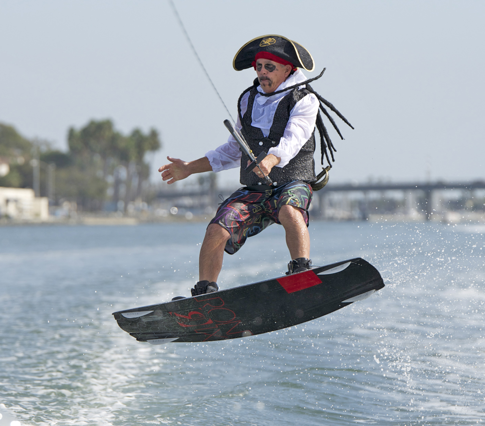 water-skiing-spooktacular-2014-joe-pearson-pirate-wakeboard