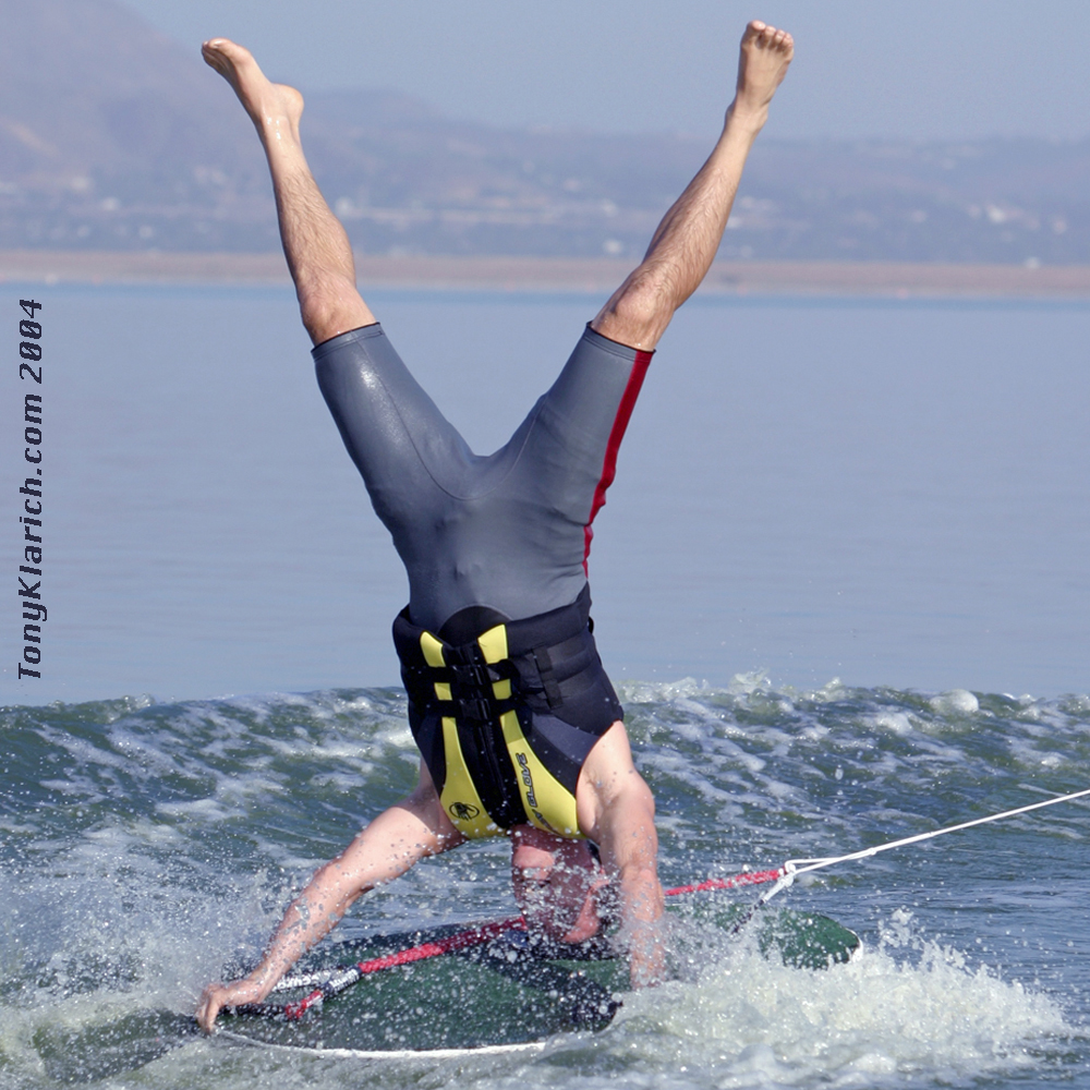 2004-disc-headstand-tony-klarich-water-skier-best-history