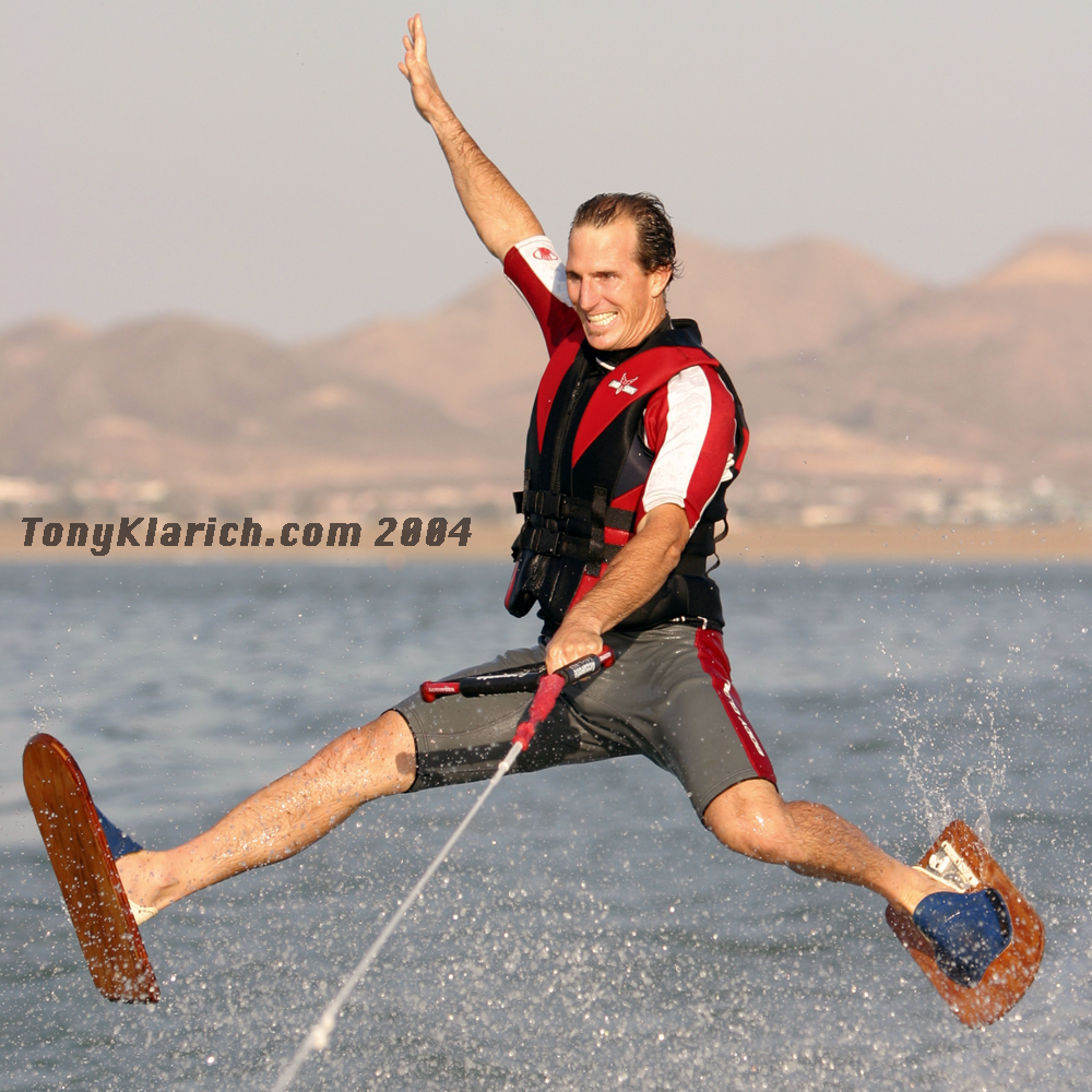 2004-shoe-skis-tony-klarich-show-water-ski