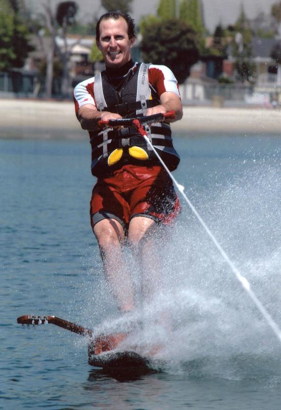 2005-guitar-tony-klarich-water-skiing-world-record
